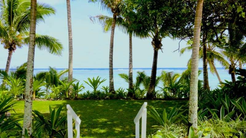 Pandanus house sea view